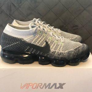 Men's Nike Vapormax/ Authentic